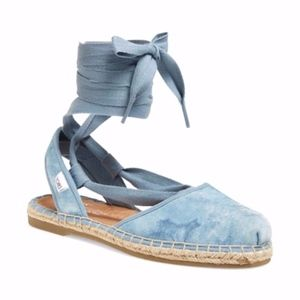 NWOT! Tom's Lace-up Espadrille in Blue Suede